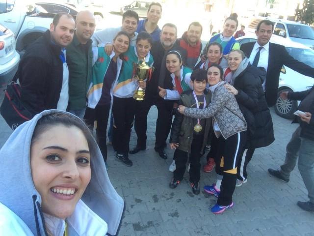 MSK Urfa Bayan Voleybol Takımı 3. Lig'e yükseldi