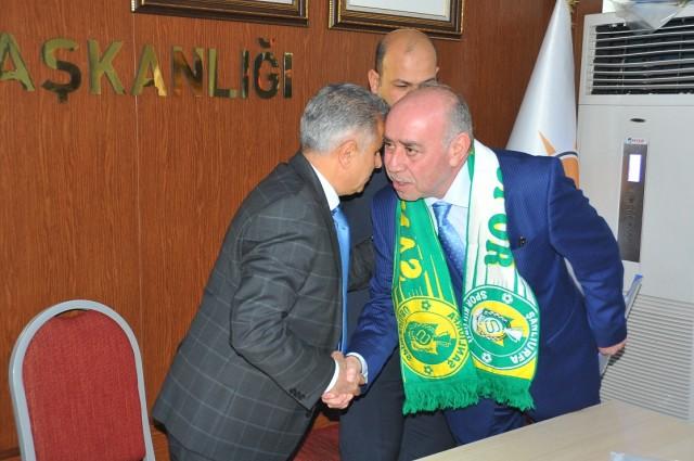Şanlıurfalı İş Adamı Mahmut Mirkelam, AK Parti Şanlıurfa Milletvekili aday adayı oldu.