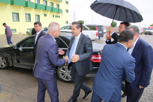 AK Parti Şanlıurfa Milletvekili Adayı Faruk Çelik, Şanlıurfaspor Tesisleri'ni ziyaret etti