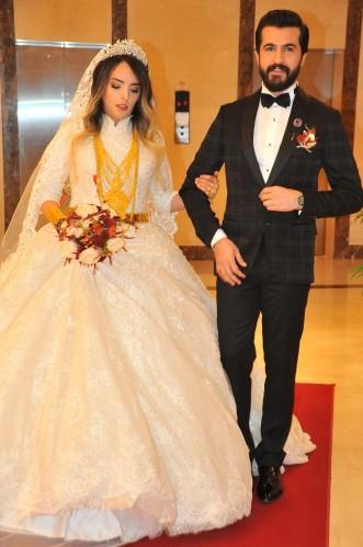 Acem ve İzol Aşiretinden muhteşem düğün... )
