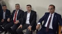 Ağabeyi eski Milletvekili Sedat Edip Bucak ile birlikte kente gelen CHP Şanlıurfa Milletvekili Adayı Ali Murat Bucak, büyük bir coşkuyla karşılandı.