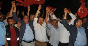 Birecik'te 'Demokrasi Nöbeti'