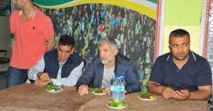 Urfaspor Teknik Direktörü Erhan Altın'dan 63 Urfaspor Taraftarlar Derneğine ziyaret