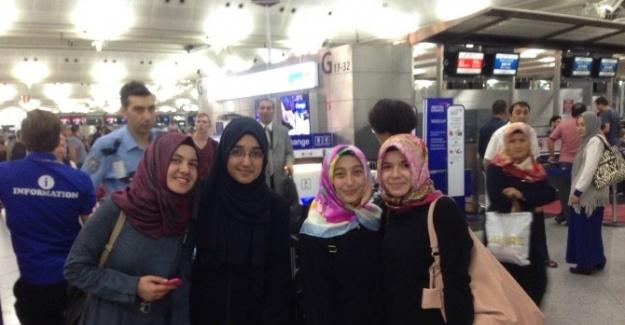 SAÜ'lü Öğrenciler Malezya'ya Gitti