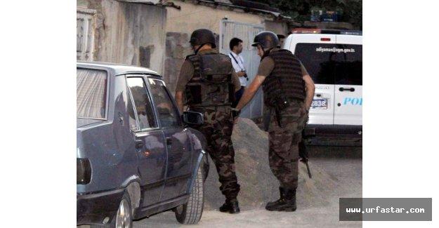 Polisten 7 adrese operasyon!