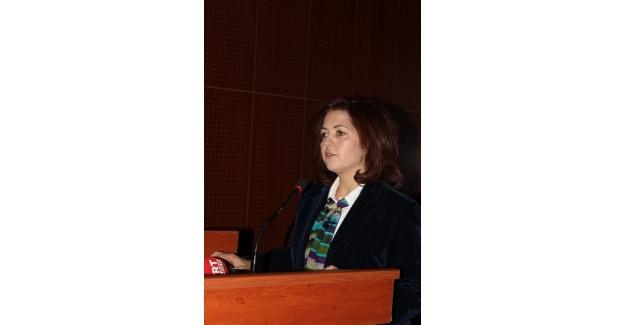 Atatürk Üniversitesi'nde Antibiyotikleri Doğru Kullanalım, Eldekileri Koruyalım Konferansı