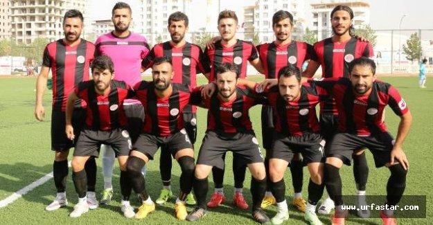 Karaköprü Belediyespor dört dörtlük