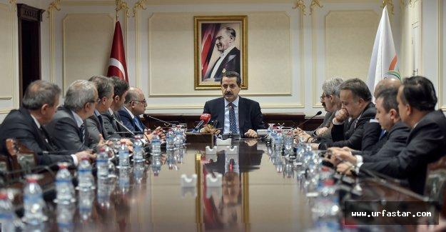 Bakan Çelik, Türkiye İhracatçılar Meclisi heyetiyle görüştü