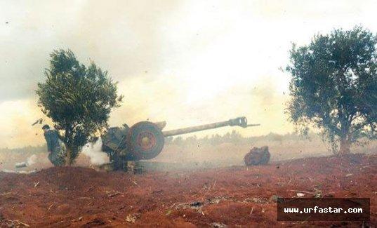 IŞİD kafalarını kesip, köy meydanına attı!
