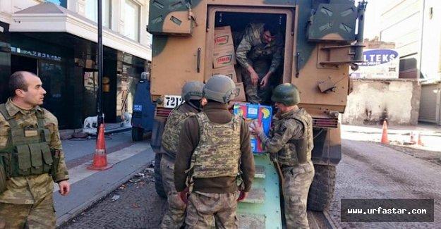Harran'dan Mehmetçiğe kumanya desteği