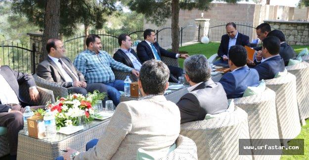 AK Başkanlar Karaköprü'de toplandı