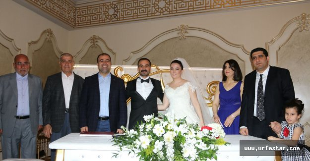 AK Partili aileye Cumhuriyet Gazetesinden gelin