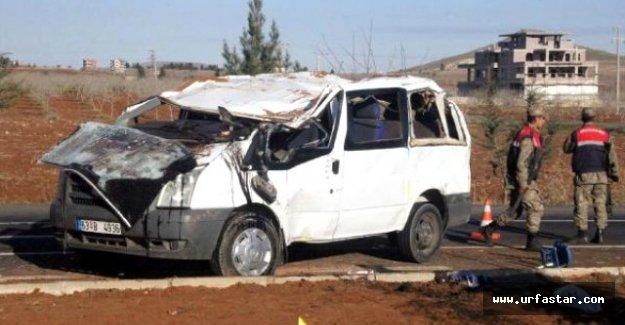 Şanlıurfa'da İşçi Servisi Devrildi: 14 Yaralı