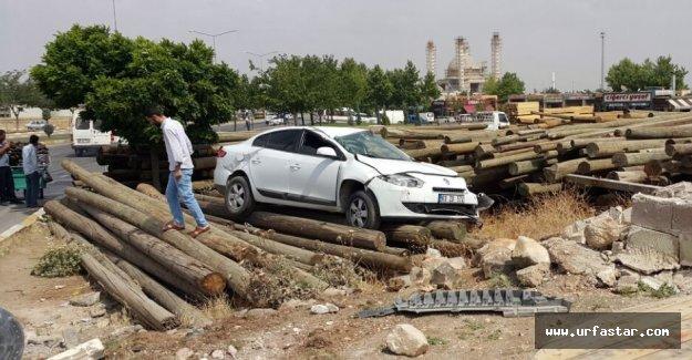 Yoldan çıkan otomobil takla attı