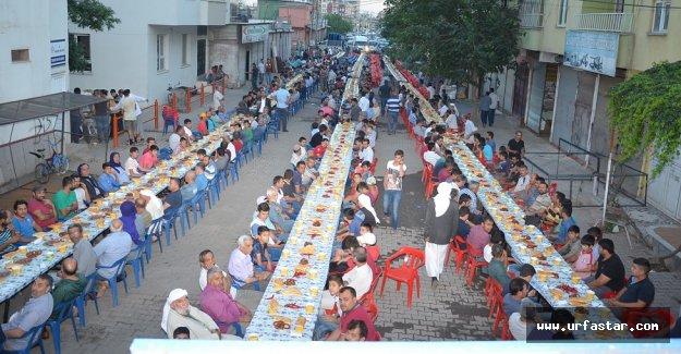 İşçiler bu iftar yemeğinde buluştu