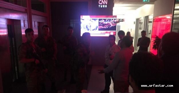Asker CNN Türk binasına girdi
