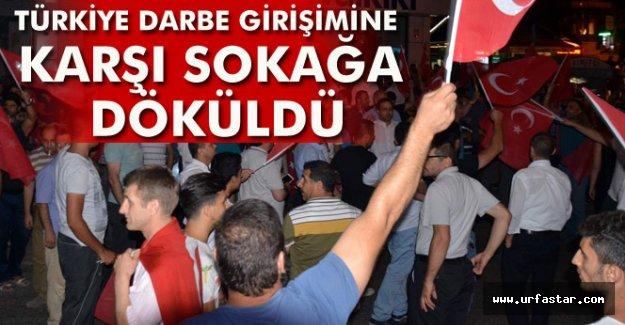 Türkiye sokağa döküldü..