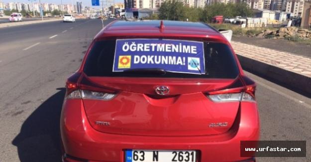 Aracına bu afişi asan kadın gözaltına alındı!