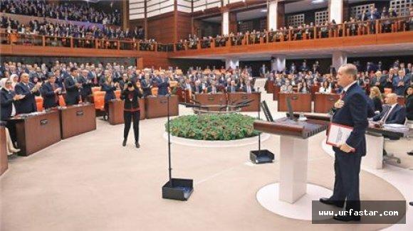 Erdoğan o konuşmalardan sonra ayakta alkışlandı