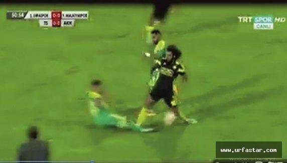 Urfaspor maçında skandal karar...