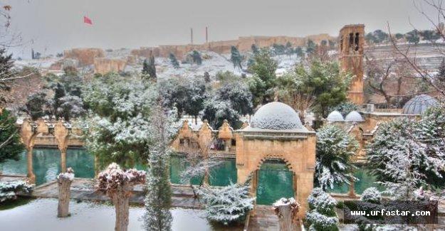 Urfa'ya kar geliyor...