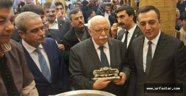Bakan Avcı, Urfa standında konuştu