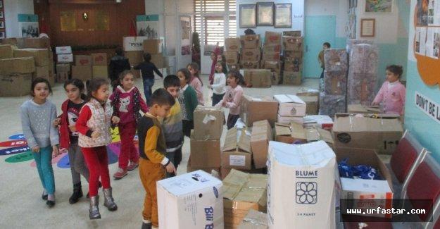 Oyuncaklarını Halep'li çocuklara gönderdiler