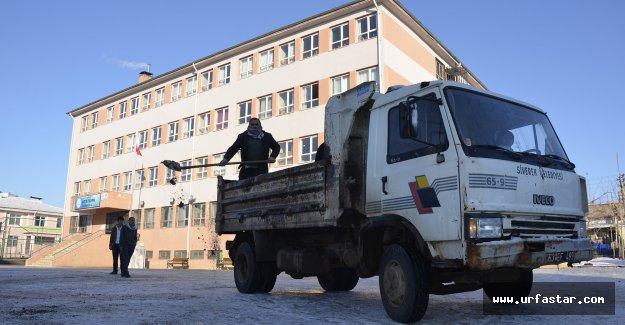 Siverek Belediyesi okullara seferberlik başlattı