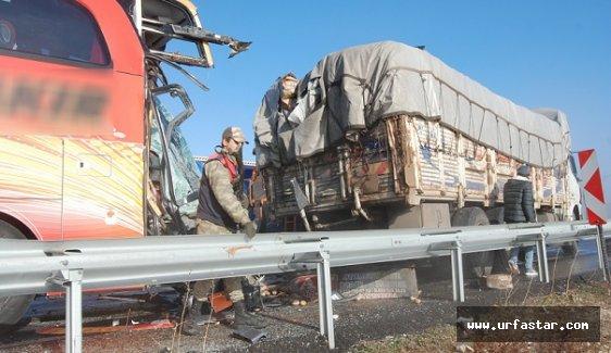 Urfa'da zincirleme trafik kazası...