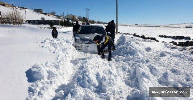 Urfa'da kar esareti devam ediyor