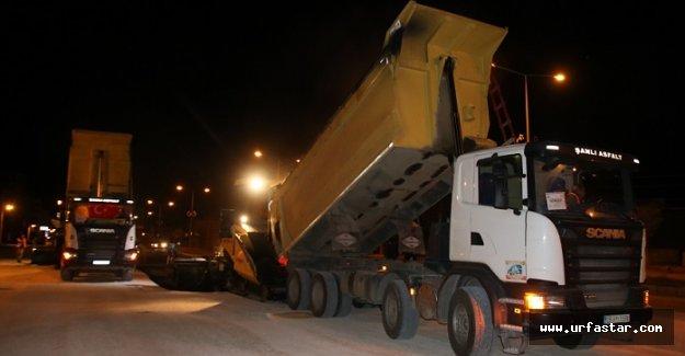 Akçakale'de acil servis yolu asfaltlanıyor