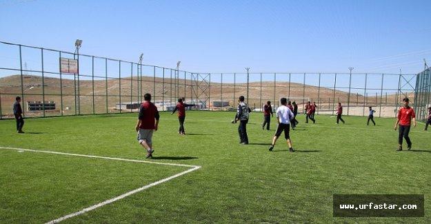 Öğrenciler spor kompleksine kavuştu