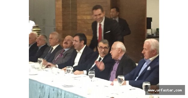 Başkent'in siyasetçileri bu gecede buluştu