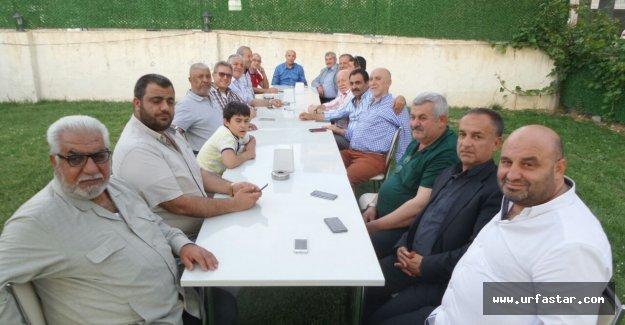 Liseli arkadaşlarından Akyol'a sürpriz ziyaret