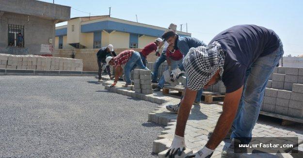 Ceylanpınar'da kilitli parke çalışmaları sürüyor