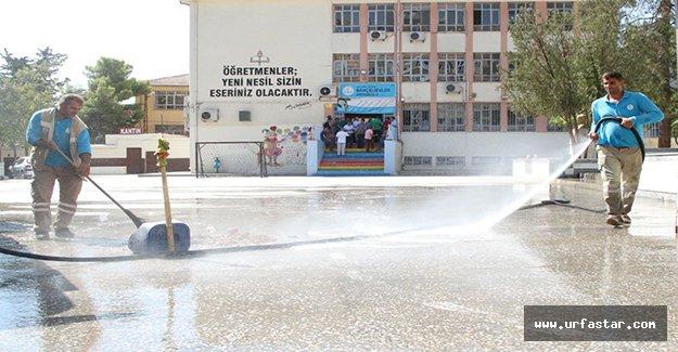 Haliliye Belediyesi okullara el attı