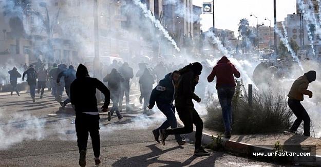Kudüs'te İsrail askerleri gerçi mermi sıkıyor