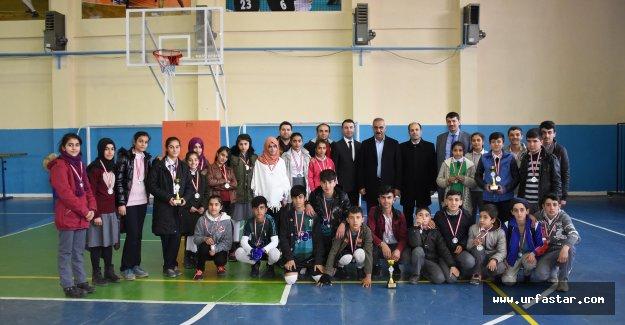 Hilvan'da, Okul Müsabakaları Ödülleri Sahiplerini Buldu