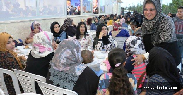 Ayşenur Ayhan Akçakaleli Anneleri Bir Araya Getirdi