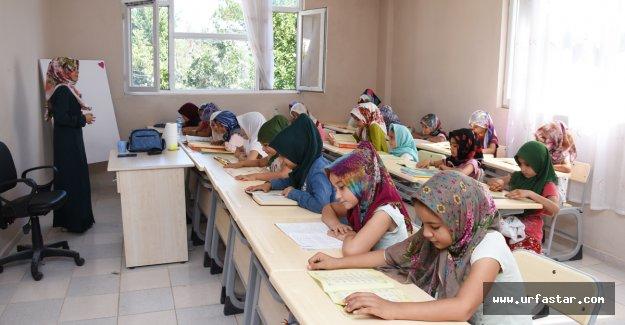 Hilvan'da yaz okulu Kuran kursuna büyük ilgi