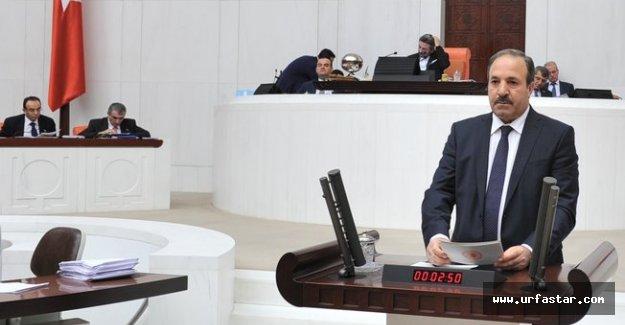"""ÖZCAN:""""NEREDE BİR ÖĞRETMEN VARSA ORADA GELECEK VARDIR"""""""