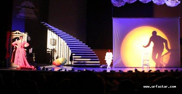 Urfa'da sahnelendi! Büyük beğeni aldı