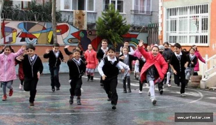 1 Nisan'da okullar tatil edildi