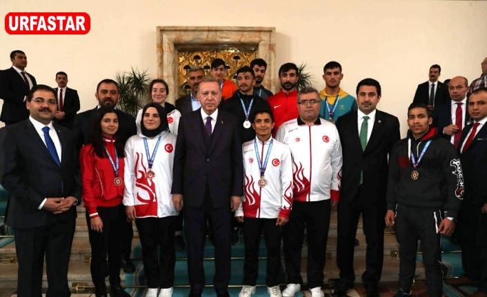 Haliliyeli Şampiyonlarla Erdoğan'ı ziyaret ettiler