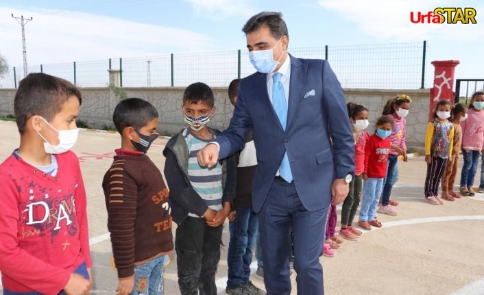 Köy çocuklarıyla bir araya geldiler