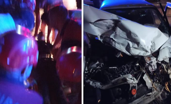 Akçakale yolunda kaza! 2 kişi yaralı kurtuldu