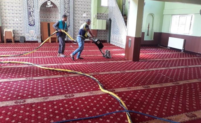 Viranşehir'de ibadethanelerde hummalı temizlik