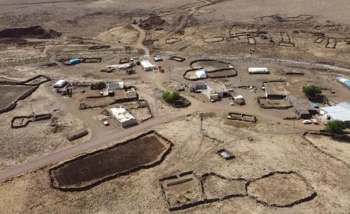 Viranşehir'de stabilize yol çalışmaları sürüyor