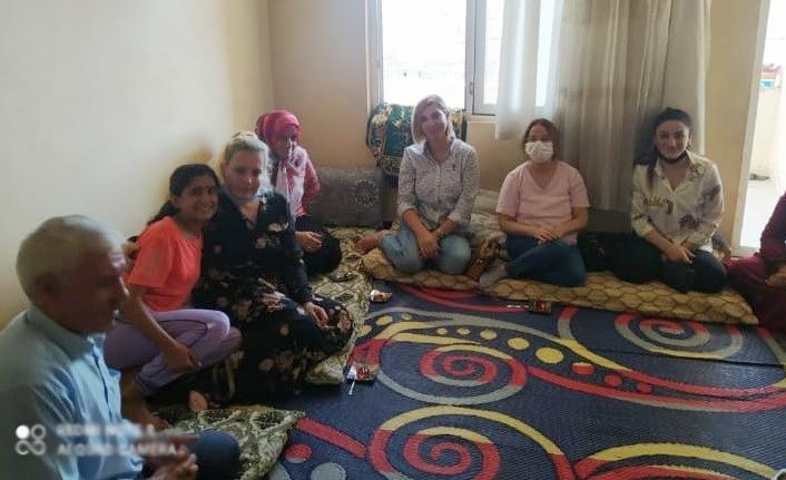 CHP'li kadınlar Urfa'da sahaya indi