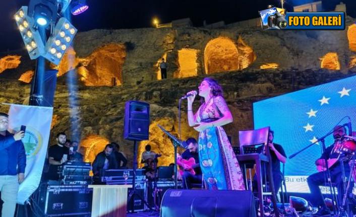 Mosso'dan tarih manzaralı konser...